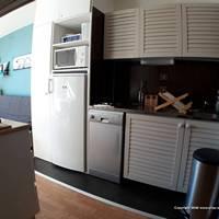 A port engaly 2, la cuisine avec lave-vaisselle et nombreux placards