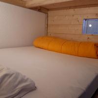 A port engaly 2, détail du lit de 140 dans la chambre